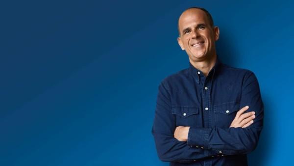 Image of Marcus Lemonis on a blue background.
