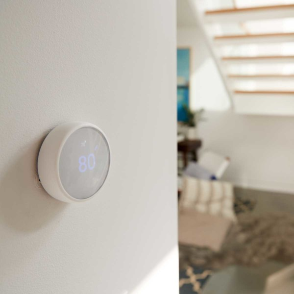 Image of a smart thermostat.