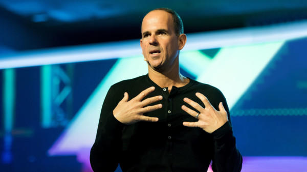 Image of Marcus Lemonis speaking at a speaking event.