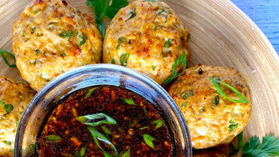 Image of Skinny Latina Asian Inspired Turkey Meatballs Recipe