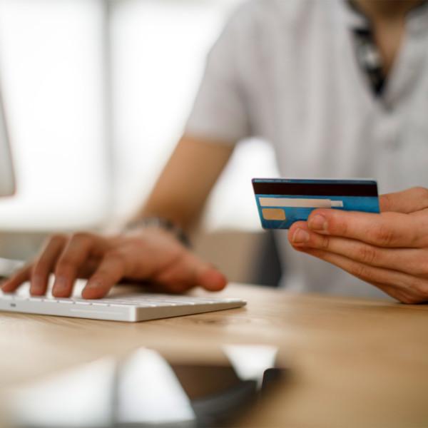 woman managing credit card debt
