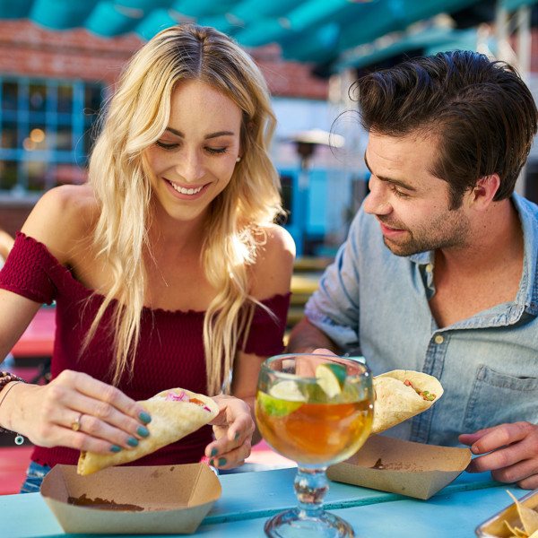 couple dining out on first date restaurant